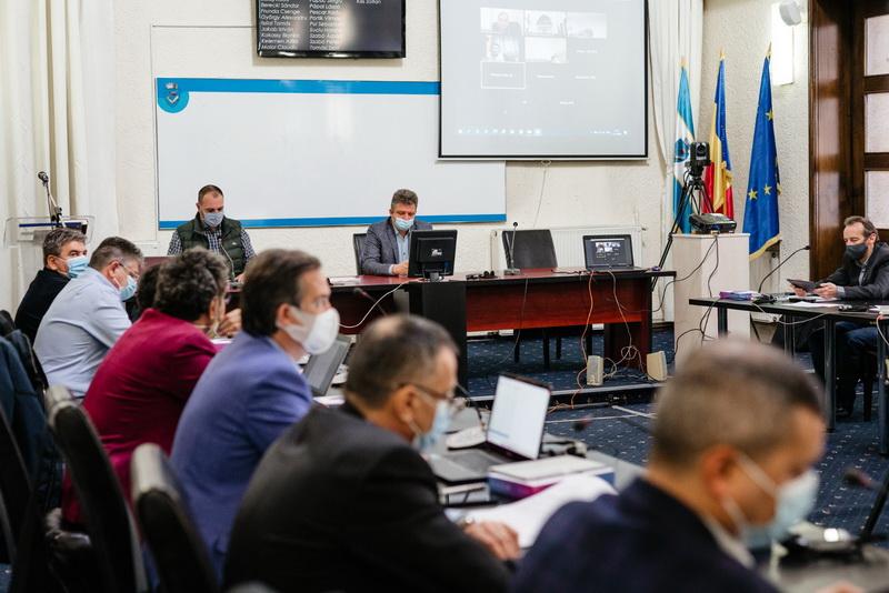 Vizualizati imaginile din articolul: D I S P O Z I Ţ I A   nr. 71 din  18  ianuarie  2021 privind convocarea Ședinței  extraordinare a Consiliului local municipal Târgu Mureș  din  data de  21  ianuarie  2021