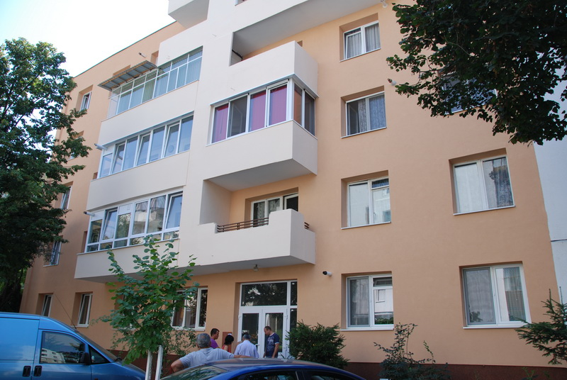 Vizualizati imaginile din articolul: Four more blocks of flats have been received (this article is available in Romanian and Hungarian language only)
