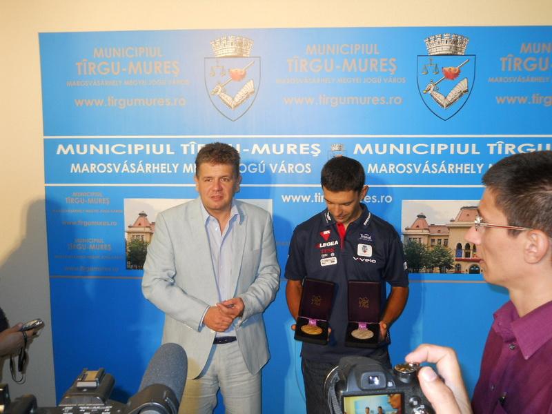 Vizualizati imaginile din articolul: Eduard Novak – campion paralimpic la ciclism ....la Tîrgu-Mureş