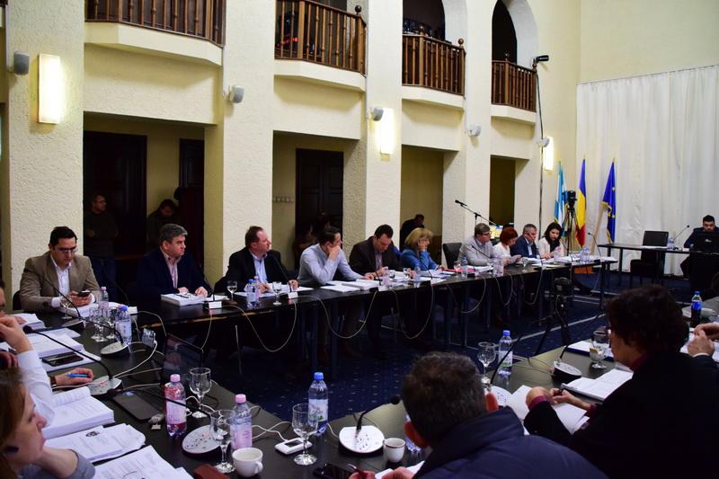 Vizualizati imaginile din articolul: D I S P O Z I Ţ I A  nr. 2.765 din 04 decembrie 2019 privind convocarea Ședinței de îndată a Consiliului local al municipiului Târgu Mureș din data de 05 decembrie 2019