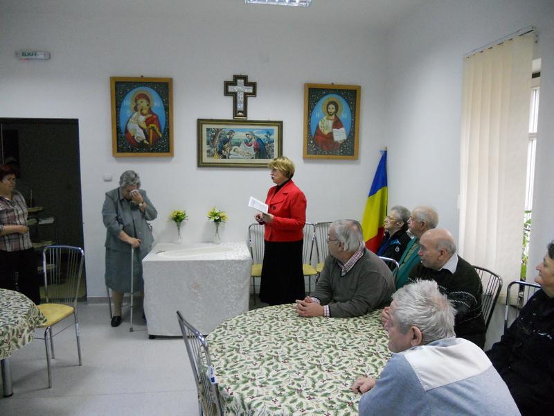 Vizualizati imaginile din articolul: Családi ünnep az Öregotthonban