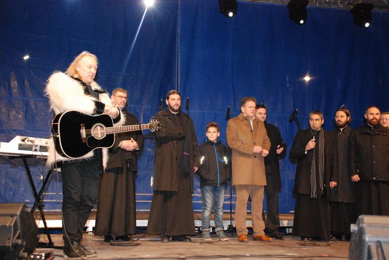 Vizualizati imaginile din articolul: Ştefan Hruşcă Marosvásárhelyen koncertezett