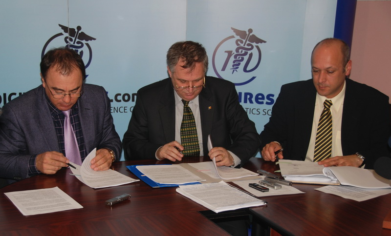 Vizualizati imaginile din articolul: Marosvásárhely Polgármesteri Hivatala és a Maros Megyei Prefektúra két új finanszírozási szerződést nyert az IT&C területén