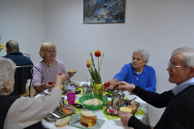 """Vizualizati imaginile din articolul: Sărbătorire Duminica Paştelui(catolic,protestant) şi Duminica Floriilor ortodoxe"""""""