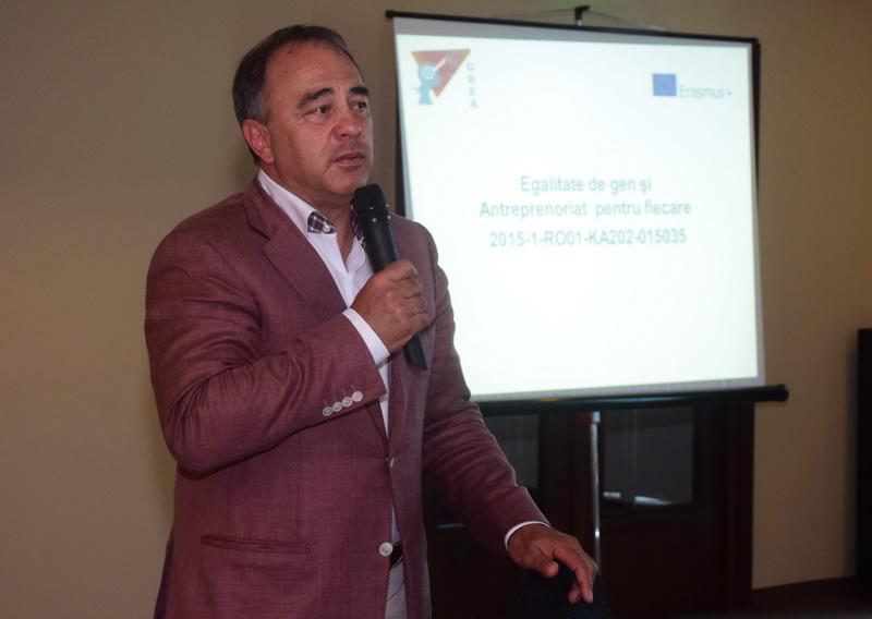 """Vizualizati imaginile din articolul: Educaţia antreprenorială, o materie """"predată' la Tîrgu Mureş"""