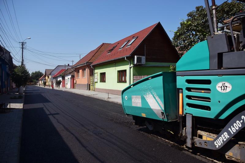 Vizualizati imaginile din articolul: Aszfaltozás az Abrudbányai (Abrudului) utcában