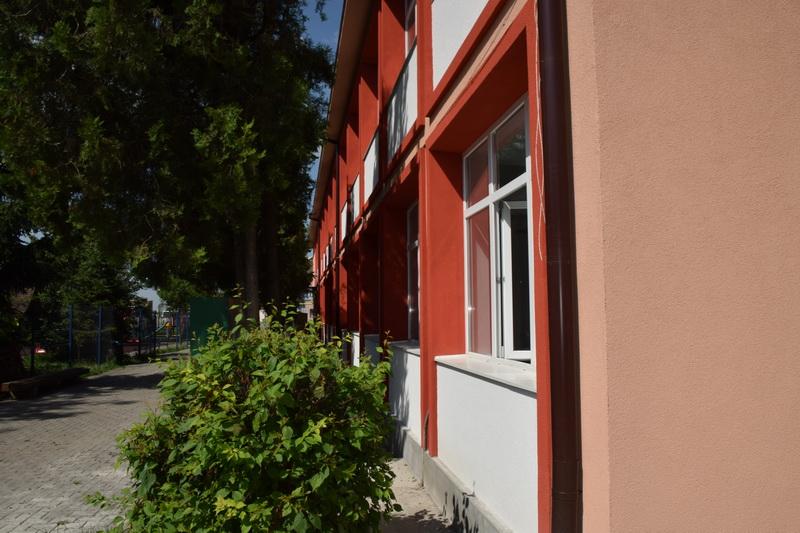 Vizualizati imaginile din articolul: Marosvásárhely Polgármesteri Hivatala befektet az oktatásba!