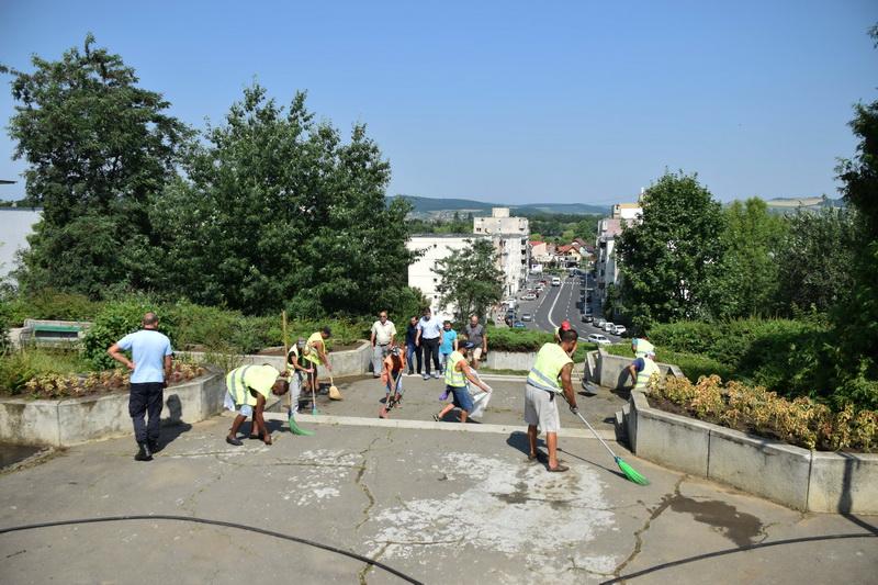 Vizualizati imaginile din articolul: Parcul  Eroilor din Tîrgu Mureş şi zonele adiacente acestuia vor avea o faţă nouă!