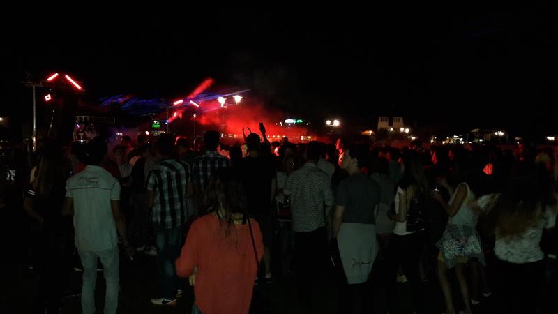 Vizualizati imaginile din articolul: Gaşca Zurli şi DJ Shiver au încheiat vara la Tîrgu Mureş!