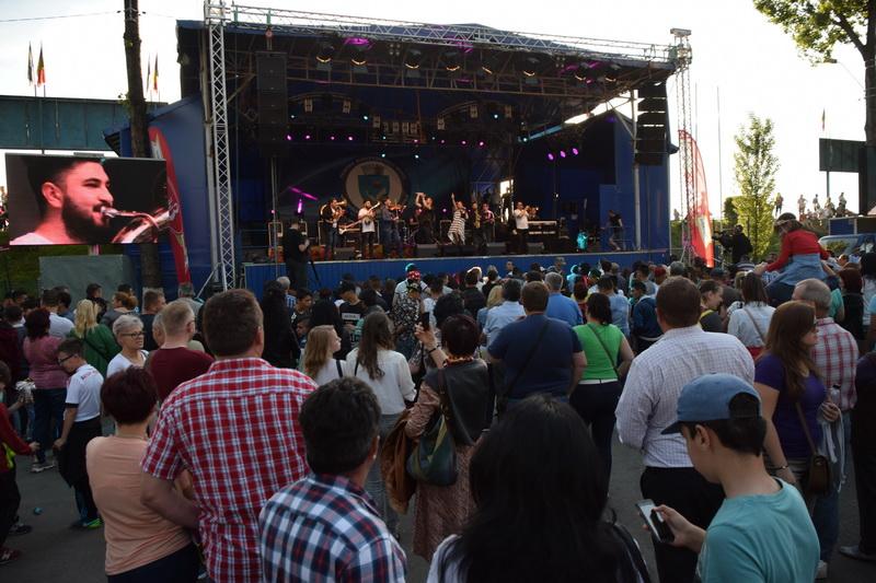 Vizualizati imaginile din articolul: A város ünnepe folytatódik! Zene minden ízlésnek és tevékenység minden korosztály számára!