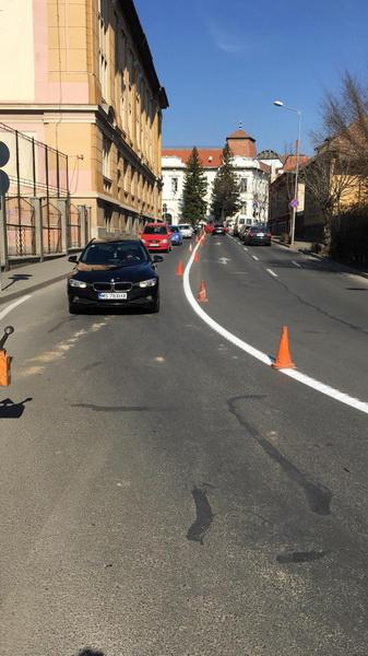 Vizualizati imaginile din articolul: Marcaje rutiere noi în Târgu Mureș! Atenție, șoferi!!!
