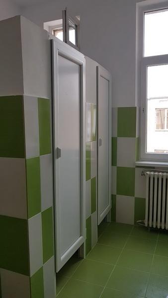 Vizualizati imaginile din articolul: Grupuri sanitare renovate la Școala Gimnazială Mihai Viteazul din Târgu Mureș