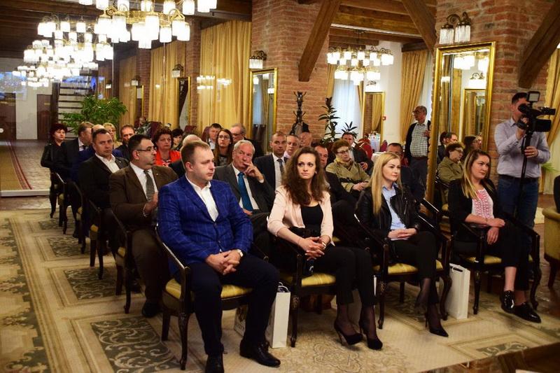 Vizualizati imaginile din articolul: Delegații din patru orașe înfrățite au venit la Zilele Târgumureșene, a 23-a ediție