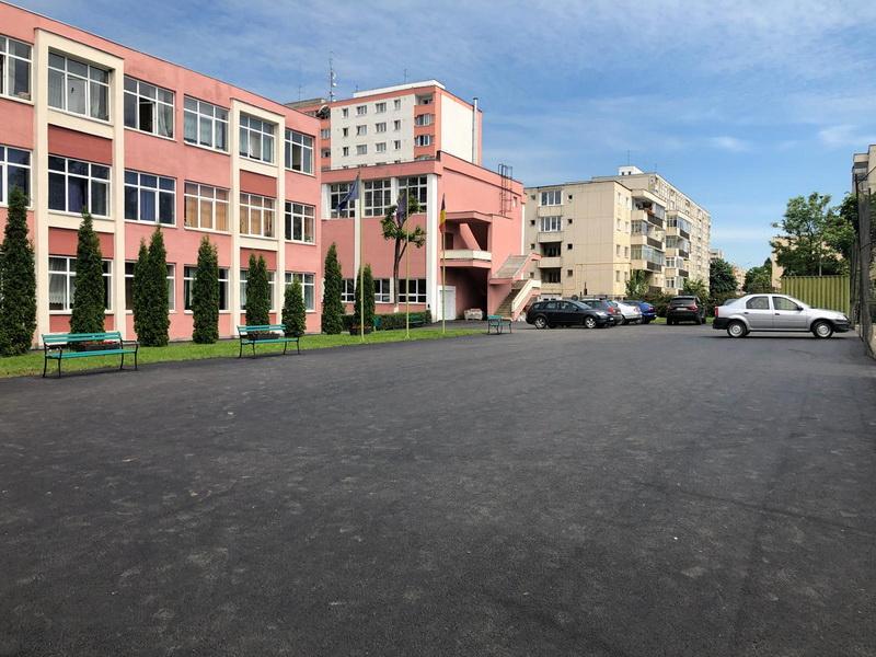 Vizualizati imaginile din articolul: Lucrări de reabilitare în desfășurare la Liceul Gheorghe Șincai