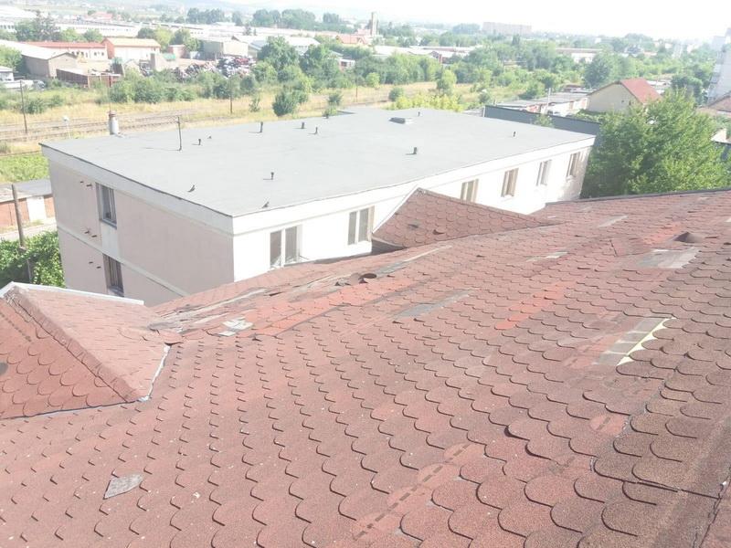 Vizualizati imaginile din articolul: Centrul Social – Adăpost de Noapte din Târgu Mureș intră în reparații! Direcția de Asistență Socială a găsit soluții pentru persoanele singure, până la finalizarea lucrărilor!